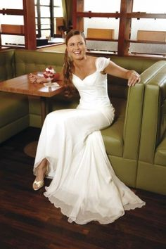 Kirstie Kelly for Disney's fairy Tale Weddings Ariel collection, from Karl's Tuxedo & Bridal.    PHOTO BY JEREMY MASON MCGRAW AS SEEN IN 417 BRIDE SUMMER 2008