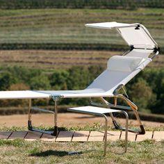 Parasol Giulia  #bain de #soleil #transat #fauteuil #outdoor #garden #folding #chair #sunbath #jardin #détente #mobilier de #jardin #extérieur #piscine #chaise #longue