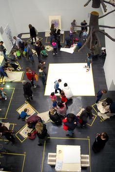 """""""Macchine per disegnare"""", laboratorio continuo per bambini a partire dai 2 anni, in occasione di Mart Open Day, 5 febbraio 2017, a cura del Progetto Eddes, Facoltà di Design e Arti, Università di Bolzano, www.mart.trento.it/educazione"""