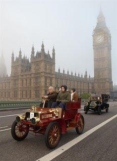 Motor'n | THE SUN SHINES ON THE HISTORIC BONHAMS LONDON TO BRIGHTON VETERAN CAR RUN