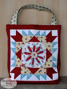 Sew Sweet Simplicity Free BOM- Blocks and Tote Bag Pattern are here!! I used the third block to make this tote but any of the BOM  blocks can be used instead. #sewsweetsimplicity #BOM #blockofthemonth