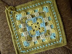 Brighter Daze Square by Melissa Green - free Ravelry download