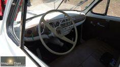 O interior da ambulancia Skoda branca - Marginal sem carros - Bombeiros