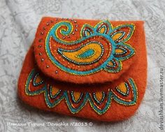 """Buy a purse from the series """"Tales of the little ones .- Купить Кошелёк из серии """"Сказки маленьких п… Buy Wallet from the series """"Tales of Little Princesses"""" – red, paisley, women& wallet, wallet - Embroidery Bags, Embroidery Jewelry, Beaded Embroidery, Wool Quilts, Felt Purse, Boho Bags, Felt Patterns, Felt Applique, Beaded Bags"""