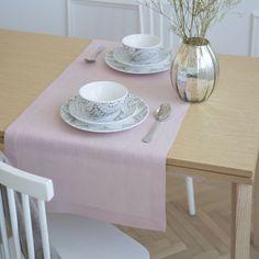 Caminho de mesa linho cor de rosa
