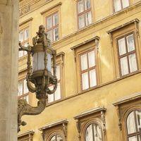 finienfotodesign - Fotokünstlerin Verena Maria - » verenas fotografische traumreisen - ❤ Budapest 2013 http://verenamaria.format.com/verenas-foto-traumreisen/114670- via format.com #finienfotodesign #verenamaria #portfolio #fotografie #photography #portrait #fineart #art #city #stadt #alt #old #vintage #travel #ungarn #budapest