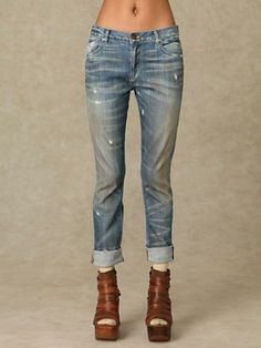 I love jeans.....especially these ones.