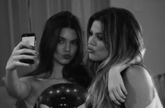 Kendall & Khloe 💕