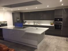 Howdens Joinery Can Plan Your Perfect Kitchen From Over 70 Ranges, Complete  With Lamona Appliances, At Over 650 Depots Across The UK Via The Small  Builder