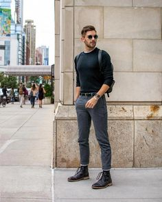 casual mens fashion that is hot. Rugged Style, Summer Fashion Outfits, Men's Fashion, Fashion Ideas, Spring Outfits, Fashion Trends, Men Hipster Fashion, Fashion Photo, Spring Fashion
