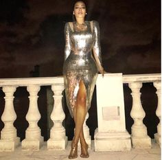 Fashion Bomb Daily's Top 5 New Years Eve Looks: Lala in a Silver Julien MacDonald Dress, Nicki Minaj in a Custom Dare to be Vintage Silver Jumpsuit, Cassie in a Sequined Ralph Lauren Fall 2016 Suit, and More! Celebrity Red Carpet, Celebrity Style, Silver Jumpsuits, Zendaya Style, Julien Macdonald, Beautiful Gowns, Beautiful Women, Nicki Minaj, Mom Style