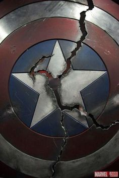 Avengers: Age of Ultron new teaser poster captain america shield broken creates… Marvel Dc Comics, Marvel Fan, Marvel Heroes, New Avengers, Avengers Shield, Marvel Captain America, Marvel Wallpaper, Age Of Ultron, Marvel Movies