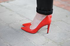 ? Red Heels, Stiletto Heels, Beautiful High Heels, Zara, Wedges, Pumps, How To Wear, Outfits, Shoes
