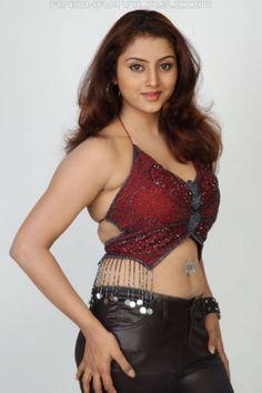 Sunitha_Varma-babe-lips-young-smoking-hot-eyes-chickipedia-soft-after