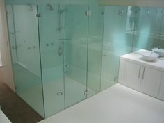 Frameless shower cubicle with glass Frameless Shower Enclosures, Frameless Shower Doors, Glass Shower Doors, Glass Bathroom, Bathroom Partitions, Contemporary Shower, Shower Cubicles, Glass Replacement, Frosted Glass