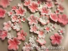 cookiesandsweets.blogg.se - Cherry in blossom, sugar flowers
