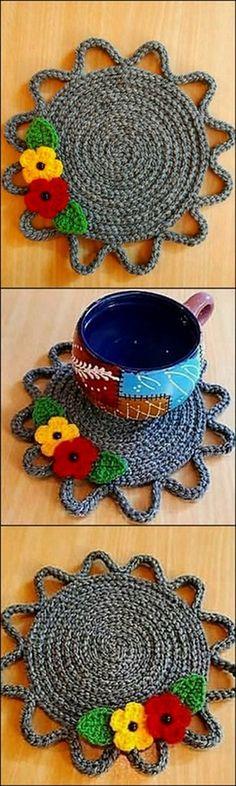 Most Popular Crochet Decoracion Facil Ideas Crochet Snowflake Pattern, Crochet Snowflakes, Crochet Flower Patterns, Crochet Designs, Crochet Flowers, Pattern Designs, Crochet Hot Pads, Crochet Mat, Love Crochet