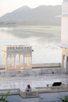 Lake Palace on Lake Picola in Udaiphur, India