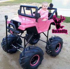 #parenting #country #countrygirl #countrylove #countryliving #countrystyle #countrygirls #shescountry #parentinggoals #yeeyee #truck #pink #mudding #countrylife #countrybaby #buckedup