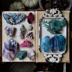 Crystal Intentions ༺♡༻