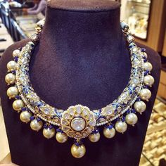 {Jewellery designer,manufacturer, valuer and exporter. } Jaipur gems & jewellery INC. India Jewelry, Gems Jewelry, Jewelery, Gold Jewellery, Indian Wedding Jewelry, Bridal Jewelry, Indian Bridal, Rajputi Jewellery, Necklace Designs