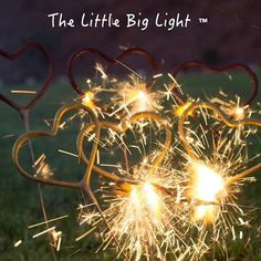 The little big light ™Pedidos: +52 1 4921178887 Oficina: 8992577#boda #diseño #detalle #regalo #xvaños#party #wedding #sparklersendoff