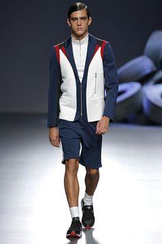 David Delfin presenta su colección Primavera Verano 2016 durante el Mercedes-Benz Fashion Week Madrid.