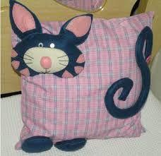 Resultado de imagem para artesanato de gatos em tecido