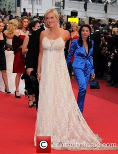 That dress...love! Bethany Hamilton
