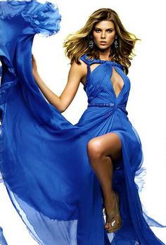♂ Beauty Fashion Editorial, Photography Maryna Linchuk by Patrick Demarchelier for Glamour Russia (September Patrick Demarchelier, Flowing Dresses, Blue Dresses, Glamour, Blue Fashion, High Fashion, Glamorous Chic Life, Pantone, Bleu Indigo