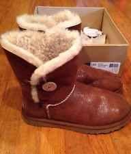 Authentic UGG Australia Bailey Button Chestnut Stingray Women's Size 9 MINT!