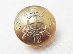 Church Lads Brigadeの制服のボタンとして使われていたユニフォームボタンです。
