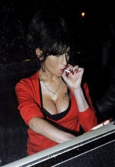 Page 642 of 1033 - Amy Pic Posting for Fun! - posted in Anything Amy: Love it thanks john!it's beautiful No problem. Amy Winehouse, Amazing Amy, Women Smoking, Smoking Girls, Female Friends, Beautiful Voice, Beautiful Women, Her Music, Tattoos