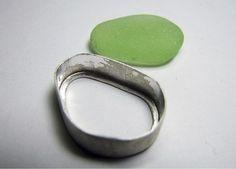 Bezel-set sea glass pendant - Facet Jewelry Making