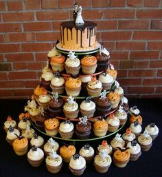 Halloween wedding Cup cake