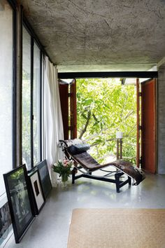 Farah Azizan's home | Life & Love | ELLE Malaysia Tropical House Design, Outdoor Furniture, Outdoor Decor, Home And Living, Sun Lounger, Beautiful Homes, Minimalism, Mid Century, Interiors