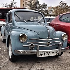 .renault 4-4 Vintage Cars, Antique Cars, Future Car, Vintage Japanese, Cars And Motorcycles, Peugeot, Techno, Cool Cars, Classic Cars