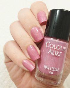 Colour Alike : 510  #nail #nails #nailart #nailpolish #polish @colouralike #pink #holo
