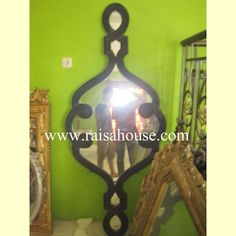 Curvey Swirled Mirror #Mirrorfurniture #Woodenfurniture #CurveySwirledMirror #Mahoganyfurniture #Bedsidefurniture #Bedsetfurniture #Livingfurniture #AntiqueMirror Mahogany Furniture, Living Furniture, Furniture Offers, French Mirror, Mirrored Furniture, French Furniture, Furniture Factory, Bedside Furniture, Bed Furniture Set