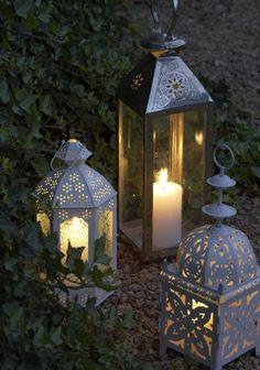 moroccan lanterns as living room decor! super cute!