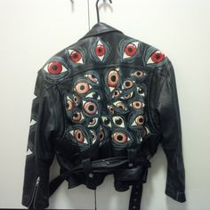 Hand-painted leather jacket from FactoryRejects at Etsy Foto Fashion, Diy Fashion, Ideias Fashion, Fashion Outfits, Fashion Tips, Fashion Wear, Korean Fashion, Winter Fashion, Fashion Websites