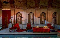 IlNinfeo di Punta Epitaffio, noto come Ninfeo di Baia,è unninfeoromano, costruitoall'epoca dell'imperatoreClaudio(41-54 d.C.), all'interno delParco sommerso di BaiainCampania,situato ad una profondità di circa 7 metri sotto il livello del mare.