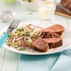 Déposer tous les ingrédients dans la mijoteuse, puis profiter d'un plat de porc au barbecue et des effluves qui embaument toute la maison quelques heures plus tard: quoi demander de mieux?
