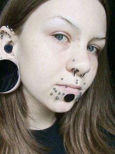 Pin by Leslie on Piercings in 2020 Unique Nose Rings, Unique Ear Piercings, Mouth Piercings, Piercings For Girls, Anatomy Sketch, Body Art Photography, Unusual Jewelry, Body Modifications, Body Mods