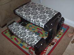 Plastic picnic table upgrade from Caroline's Crafty Corner: Kids Picnic Table Redo