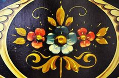 Colección Museo de la Ciudad / Exposiciones / Muestras / Agenda ... Rosemaling Pattern, Craft Projects, Projects To Try, Arte Online, Argentine, Arte Popular, Tole Painting, Painted Signs, American Art