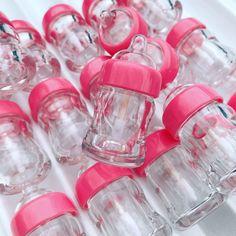 Diy Lip Gloss, Lip Gloss Tubes, Lip Gloss Containers, Mack Up, Crazy Art, Business Motivation, Baby Bottles, Beauty Skin, Baddies