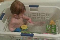 Life Hacks: Wäschekorb in der Badewanne