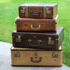 Vintage Luggage- would love to set these on wedding cake table!