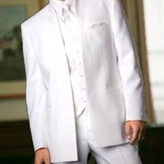 White tuxedos for groomsmen, that seems pretty sick(: